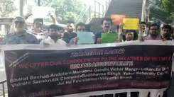 CSMT bridge collapse: Mumbaikars gather to pay tribute