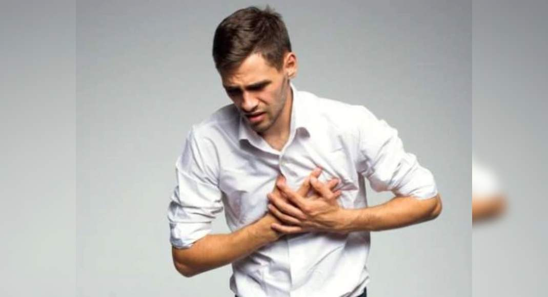 Causes Of Chest Pain: Stress and anxiety can also give you ...