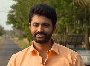 Alliyambal: Devan to marry Valli?