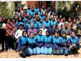 Vivekanand college felicitates meritorious students
