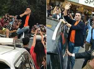 Fans go crazy as Akki promotes 'Kesari'