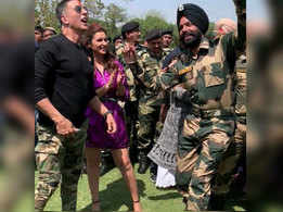 Akshay Kumar and Parineeti Chopra interact and groove with BSF jawaans