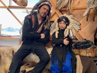 SRK-AbRam pose in Native American style