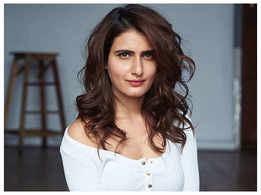 Did you know that Fatima Sana Shaikh got black grease on her face during Holi once?