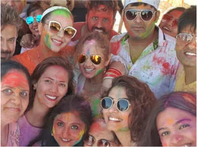 Kapil, Ginni celebrate their first Holi