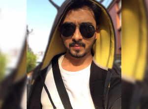 Photo: Abhijeet Khandkekar unleashes his inner swag in his new look