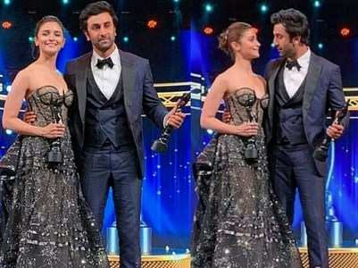 "Alia Bhatt says ""I love you"" to Ranbir Kapoor"