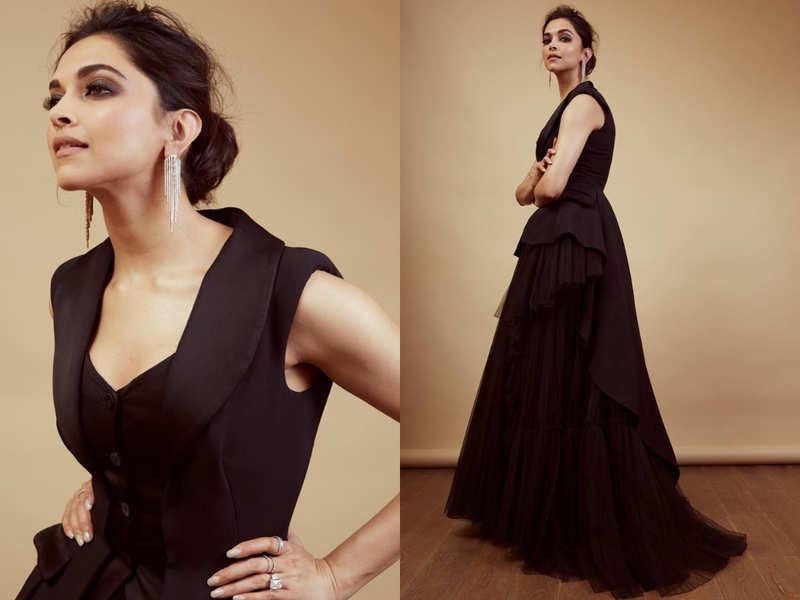 You Can T Miss Deepika Padukone S Blazer Gown At Vimal Elaichi Filmfare Awards 2019 Times Of India
