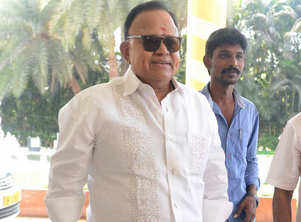 Celebrities lash out at Radha Ravi for his misogynist comments