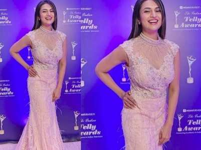 Divyanka Tripathi stuns in mermaid gown