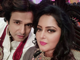 Anjana Singh shares a selfie with Vinay Anand on his birthday