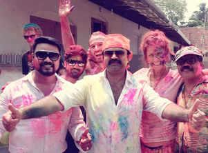 Anoop Menon films Holi celebrations of Mumbai for King Fish