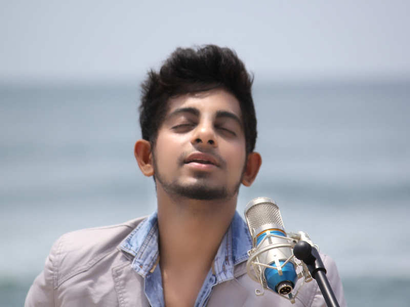 Kollywood composer composes an anthem for CSK