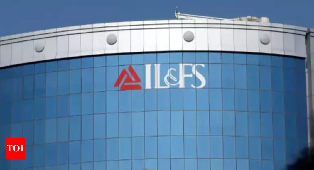 Govt moves NCLT seeking immunity for IL&FS board members - Times of India