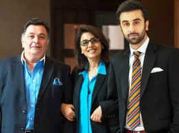 Rishi Kapoor congratulates son Ranbir Kapoor for his Filmfare win