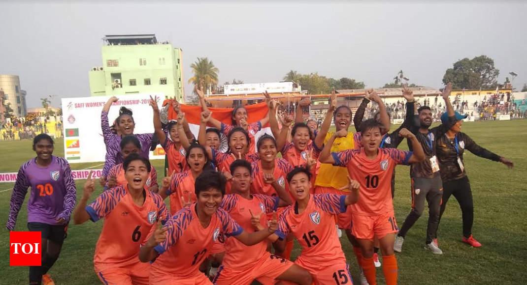 indian womens football team captain - 800×448