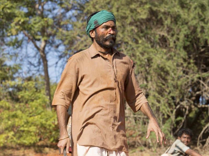 Dhanush plays his father in 'Asuran'!