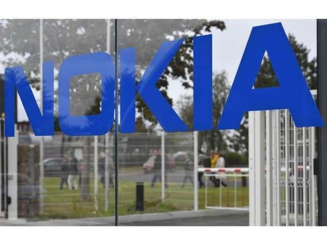 Daimler asks EU antitrust regulators to probe Nokia patents