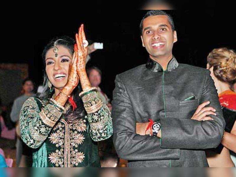 Anjhula with Satish