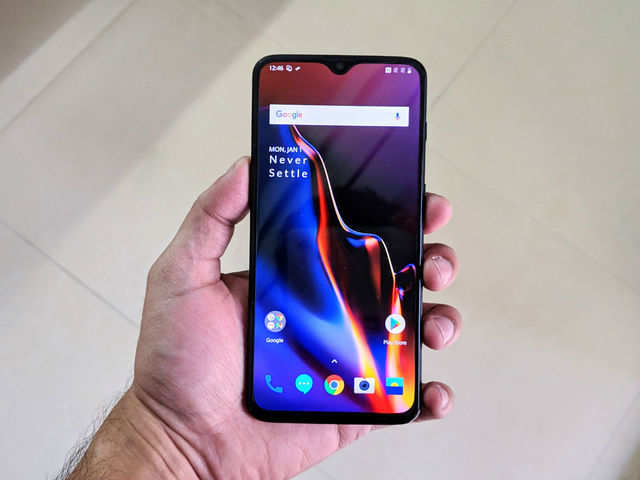 OnePlus 6T available from Rs 33,499 onwards in Amazon Fab Phones Fest