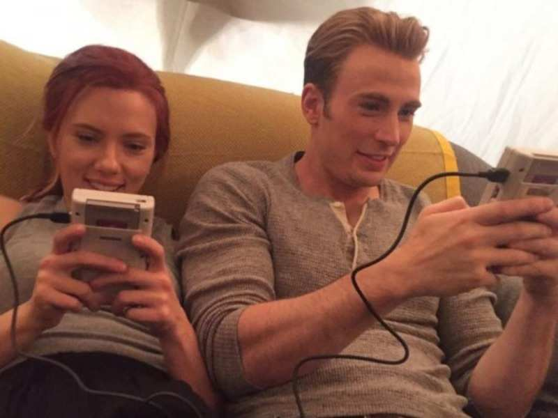 Scarlett Johansson Chris Evans Shares Behind The Scenes Pictures With Scarlett Johansson English Movie News Times Of India