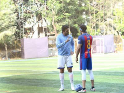 Ranbir and Abhishek enjoy football on Sunday