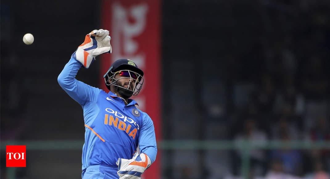 India World Cup Team 2019: Rishabh Pant misses out on wicketkeeping skills, says MSK Prasad -