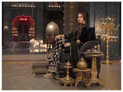 Madhuri Dixit's new still from 'Kalank'