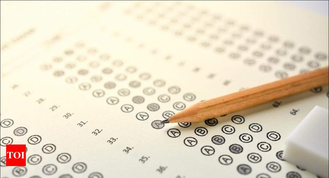 Talking Point: Can MCQ format assess students' qualitative