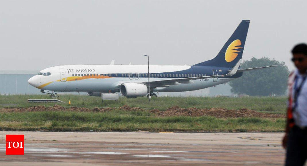 aa02efad605 jet airways  Jet Airways seeks Rs 400 crore from lenders to avoid shutdown  - Times of India