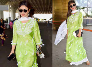 Mouni Roy's green suit is perfect for your friend's mehendi!