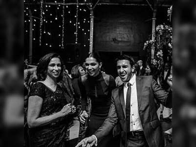 Unseen pics of  DeepVeer at friend's wedding