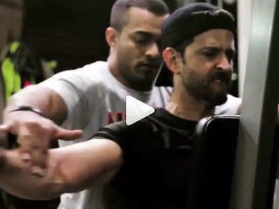 Watch: Ranveer and Tiger cheer Hrithik