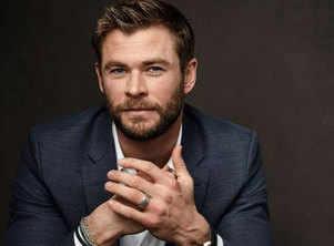 Chris Hemsworth's fearless roller coaster ride