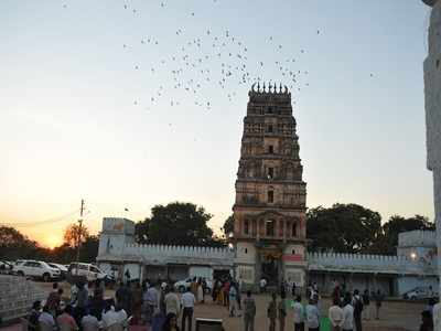 Telangana: Grabbers squatting on temple land equal to 2 Cyberabads