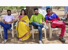 'Majanua': Ritesh Pandey shares a still from the sets along with Akshara Singh