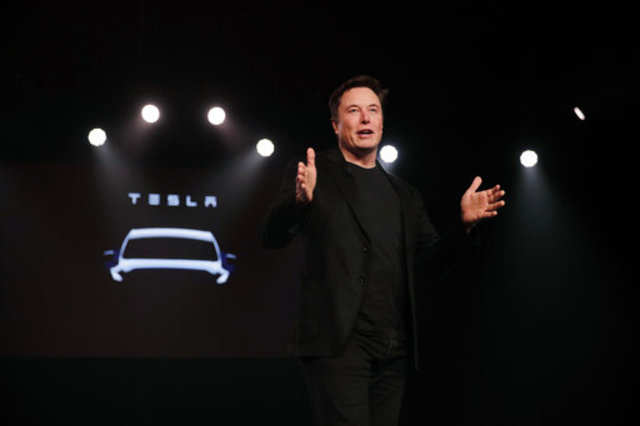 Why Elon Musk thinks non-Tesla cars will be like 'owning horses'