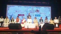 Celebs at 77th Master Deenanath Mangeshkar Smruti Pratishthan Awards