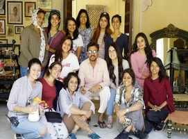 Pic: Irrfan-Radhika on 'Angrezi Medium' sets