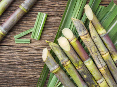 Here's how you can make sugarcane juice at home