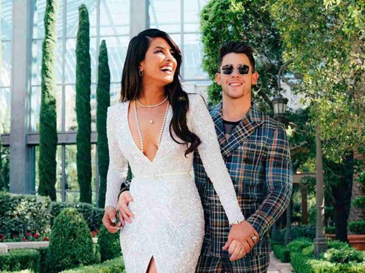 Image result for priyanka chopra nick jonas hot