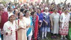Mumbaikars celebrate World Laughter Day