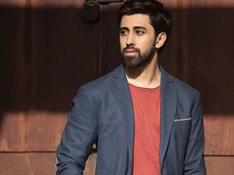 Did you know Pratik Deshmukh gave up his engineering to pursue a career in acting?