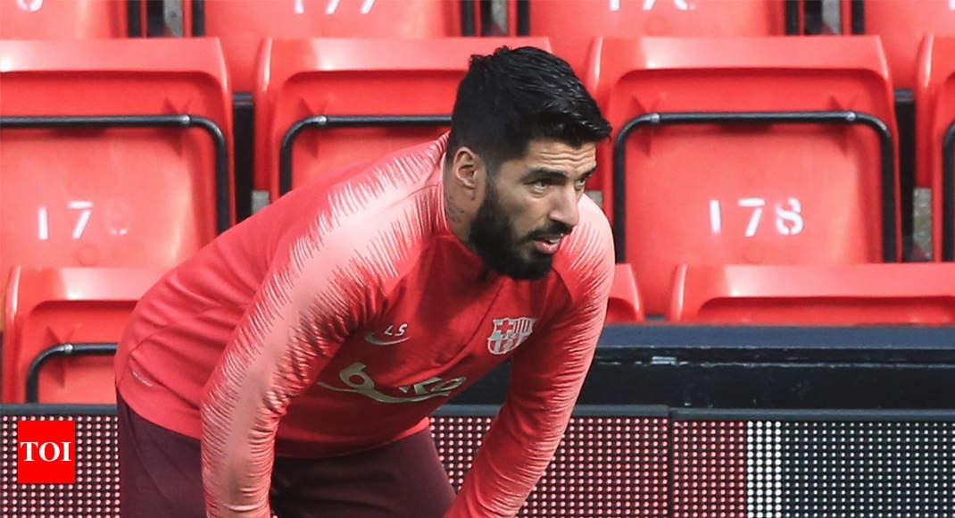 38d749b67 Barcelona forward Suarez to undergo knee surgery