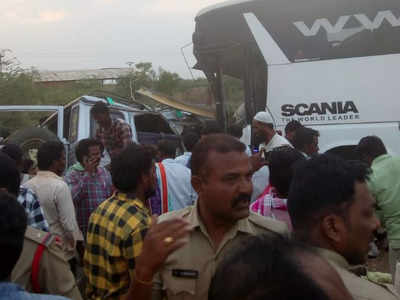 Kurnool road accident: 15 killed in Kurnool road mishap