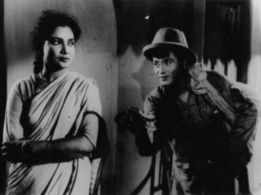 Mrinal Sen's 'Neel Akasher Neechey' the first film banned in independent India