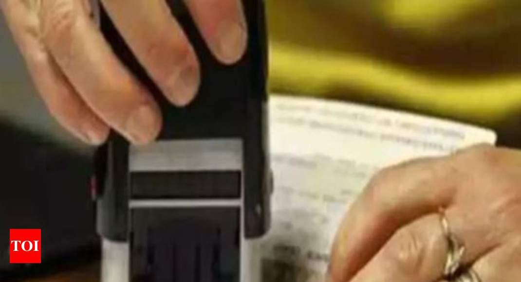 Explain H-1B delays & denials, US court orders immigration agency