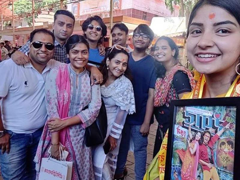 Ahead of film's release, 'Rampaat' team visit Siddhivinayak temple