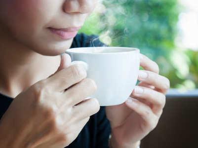 Having piping-hot tea may increase cancer risk