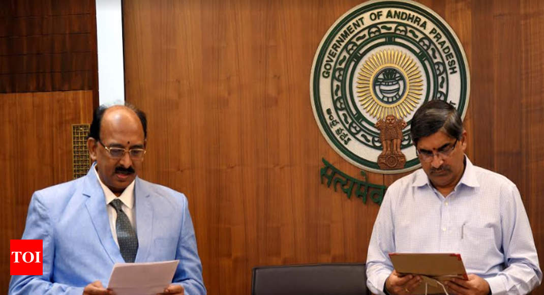 Ilapuram Raja is AP information commissioner
